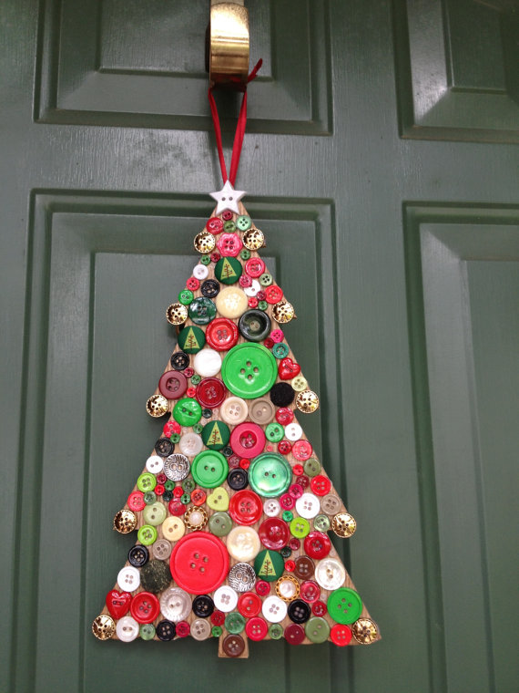 Button-Crafts-for-Christmas-Decorations14