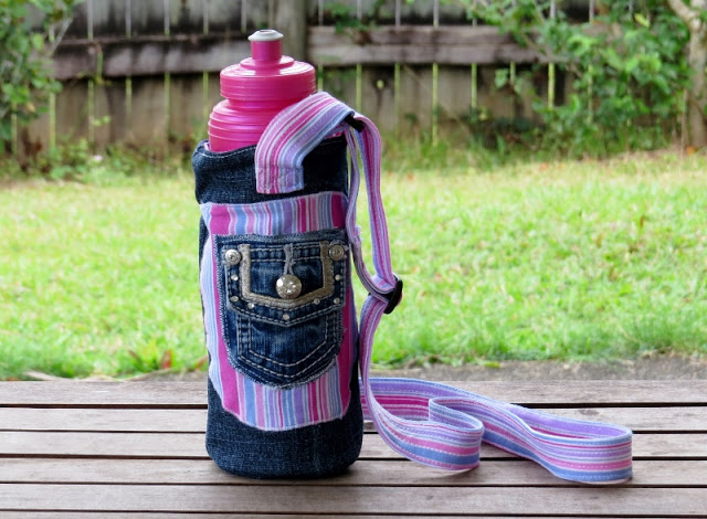 Create-a-funky-water-bottle-carrier-using-an-old-pair-of-jeans-and-some-pretty-fabric