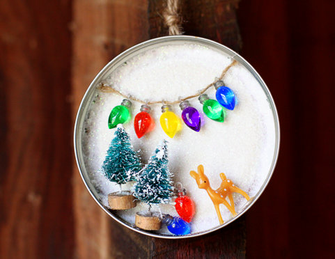 Creative-Christmas-Ornaments-DIY-from-Cookie-Cutters10