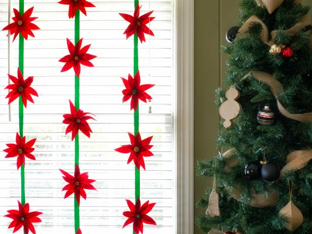 Make-a-Felt-Poinsettia
