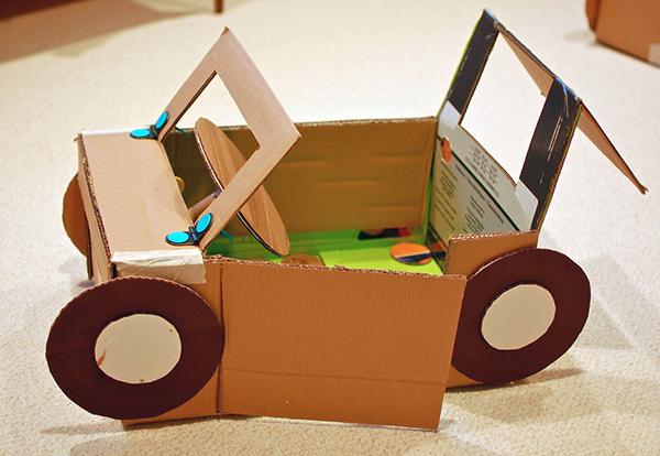 brinquedos-feitos-de-cartao