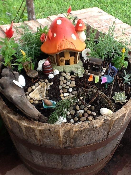 15+ Imponentes Decoraciones para Crear un Jardín Original