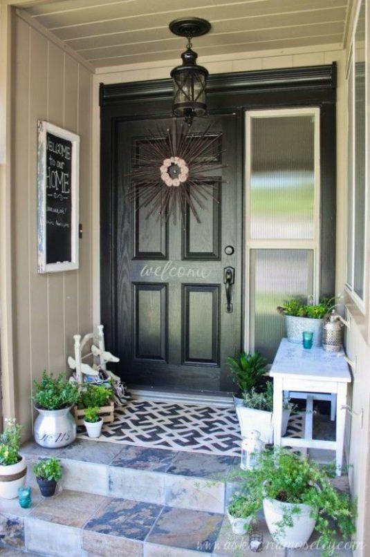 Estupendas decoraciones para la puerta de entrada for Decoracion de la puerta de entrada