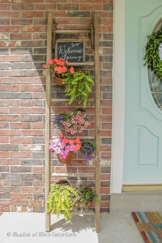 decorar-balcones-peqenos-flores-11