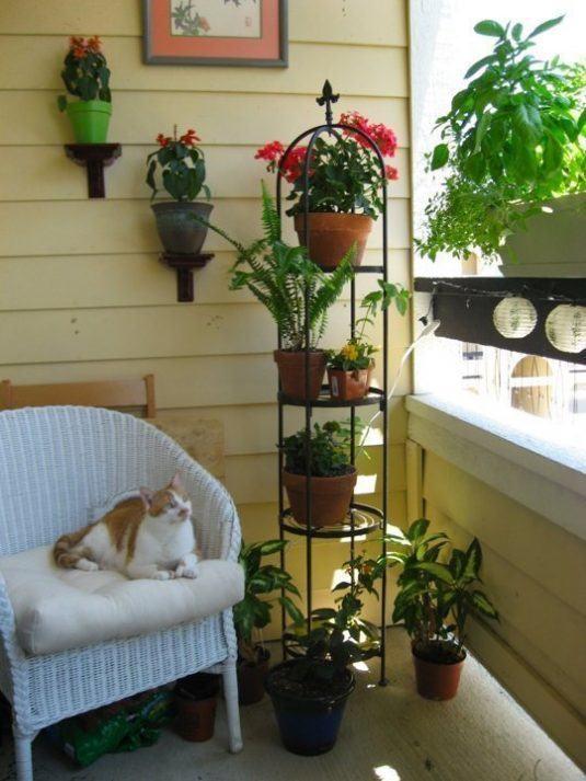 decorar-balcones-peqenos-flores-7