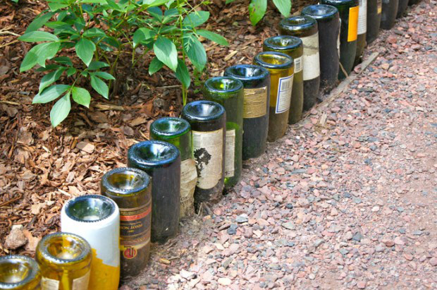 jardín-con-botellas-de-vino-2