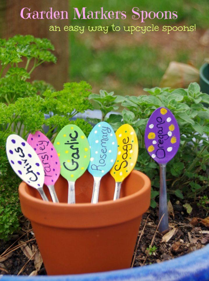 jardin-decorado-con-cosas-cocina-13