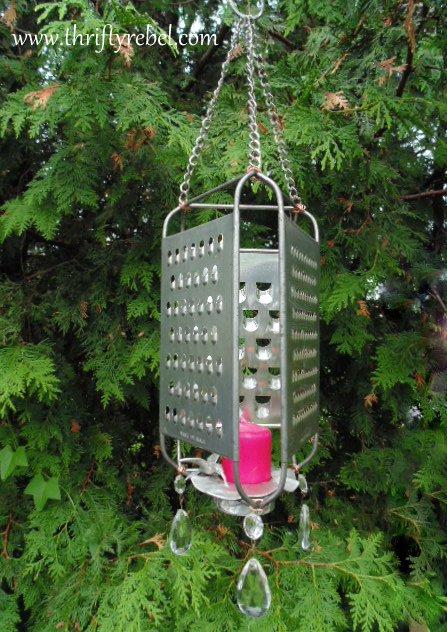 jardin-decorado-con-cosas-cocina-19