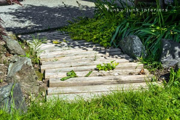 15+ Ideas Sencillas y Creativas para Decorar tu Jardín con Madera