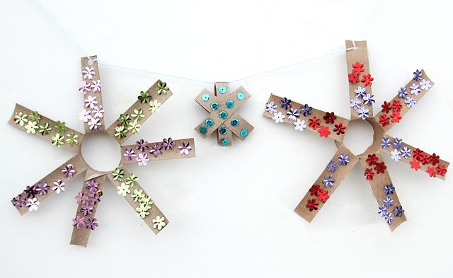 objetos-navidenos-hechos-con-rollos-de-papel-higienico-17