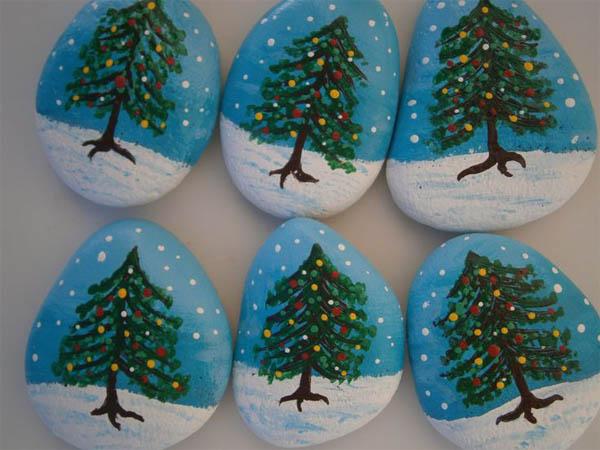 piedras-pintadas-navidenas-17
