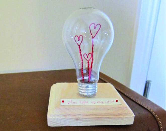 reciclaje-de-bombillas-tradicionales-10