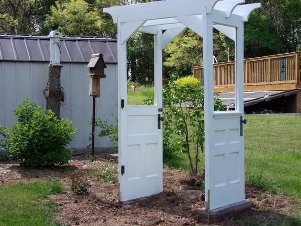15+ Increíbles Ideas para Reciclar Puertas Viejas